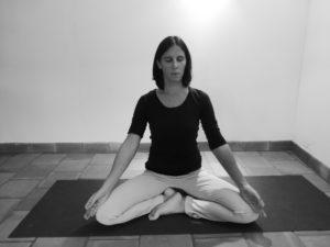 Comment bien s'assoir en yoga ?