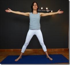 yoga trikonasana 3