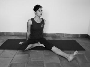 Comment bien s'asseoir en yoga ? : la posture du disciple
