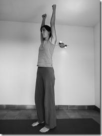 yoga cardio : urdhvodo étape 1