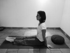 exercice de yoga pour soulager les crampes