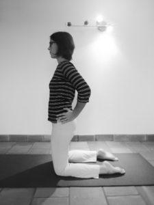 La posture du chameau : position de départ