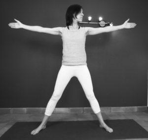 posture du triangle : importance de fixer le pouce